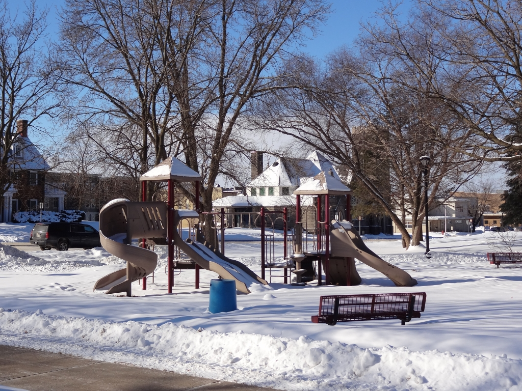 It may not be shorts weather yet but some residents may be tempted once the mercury hits 35 degrees.Reedsburg, along with the rest of Wisconsin and...
