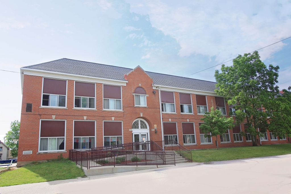 The Reedsburg School District wasn't able to develop one of its properties but there's hope the City might have some luck.Following a...